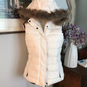 Winter white faux fur hood vest size S